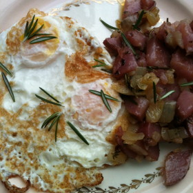 Eggs Over Easy with Home Fries